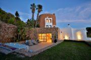 Exclusive villa for sale in San Juan
