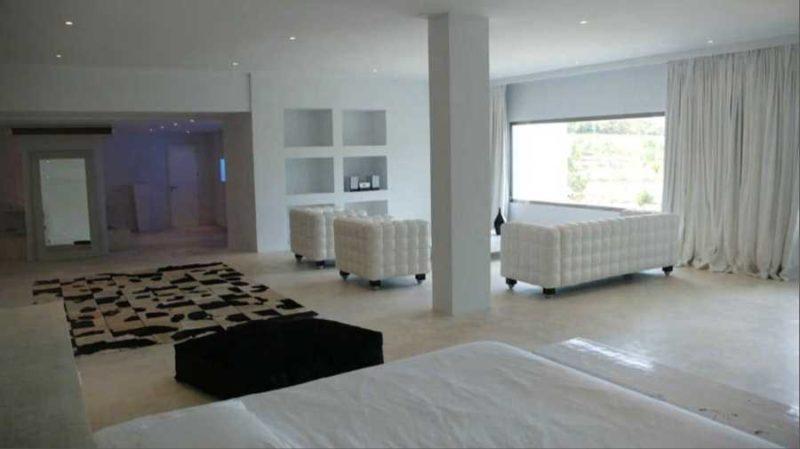 Modern minimalist villa with far away sea view in Benimussa
