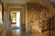 Large luxury estate with view with horse stables near San Agustin