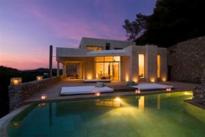 Magnificent new villa in Roca Lisa for sale