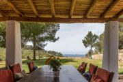 Luxury villa with 5 bedrooms in Cala Salada