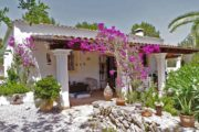 Two Ibizaka houses with 2 pools on a plot