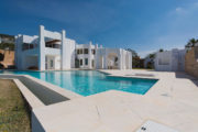 Luxury property with panoramic sea view for sale 2