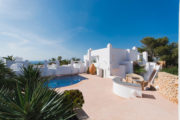 Luxury property with panoramic sea view for sale 26