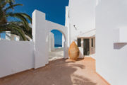 Luxury property with panoramic sea view for sale 29