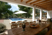 Nice villa in Cala Jondal near to the beach (2)