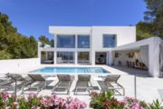 Large modern Villa in Cap Martinet for sale (1)
