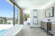 Large modern Villa in Cap Martinet for sale (18)
