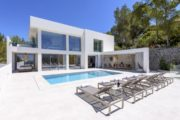 Large modern Villa in Cap Martinet for sale (2)