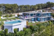 Luxury villa with popular views of the sea and Formentera (9)