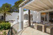 Very nicely renovated villa with sea view in Ibiza Cala Conta (9)