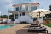 high-quality-built-property-near-the-beaches-of-cala-bassa-and-cala-conta (8)