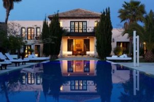 For sale a beautiful villa in Cala Jondal in Ibiza