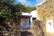 Rustic property in Ca Ses Lluques on Ibiza (12)