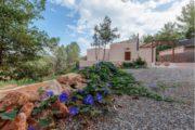 amazing-renovated-villa-close-to-santa-gertrudis (19)