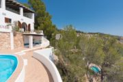 ibiza-villa-in-es-cubells-1st-sea-line-and-sea-access (14)