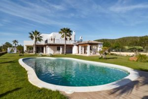Large 5 bedroom villa for sale close to Ibiza Town