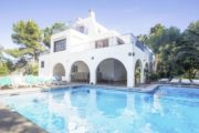 nice-villa-in-a-fantastic-location-in-can-tomas-close-to-the-local-facilities (1)