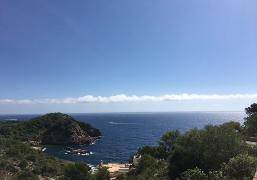Amazing plot with best views in Roca Lisa