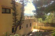 charming-6-bedrooms-villa-ner-to-san-antonio-and-san-rafael (5)