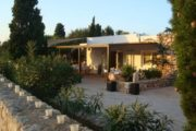 cozy-house-with-three-bedrooms-for-sale-in-ibiza (2)