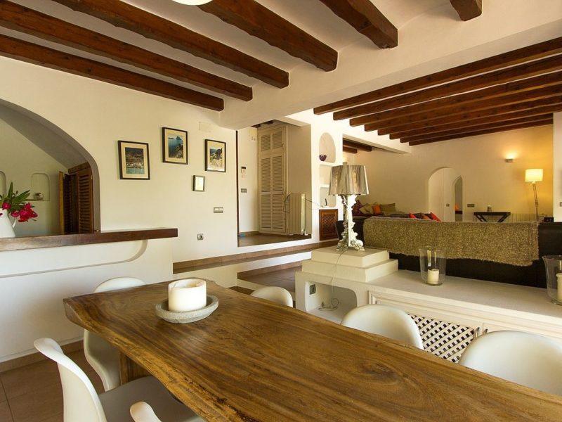 Villa in Santa Eulalia only 10 Mins walk to Beach