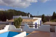 renovated-house-for-sale-in-san-lorenzo (1)