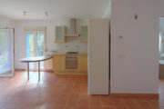renovated-house-for-sale-in-san-lorenzo (26)