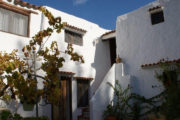 unique-opportunity-to-acquire-a-traditional-ibizan-house (4)