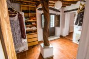 amazing-rustic-finca-with-700m2-build-in-san-mateo (18)