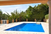 wonderful-high-quality-villa-in-can-furnet-with-best-views (4)