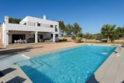 new-build-villa-in-santa-gertrudis-with-large-land-in-the-middle-of-nature (5)