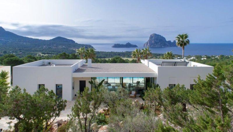 A stunning villa.....unique in Ibiza ... Cala Carbo