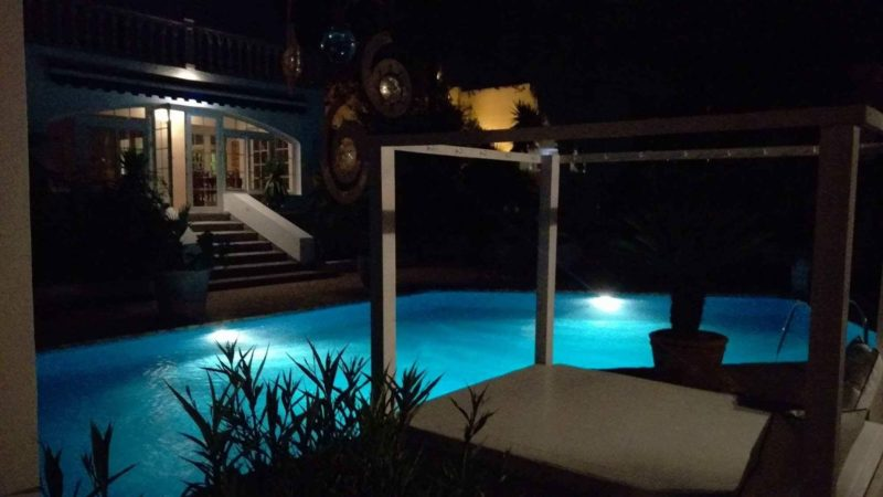 Charming villa of 293 m2 located in a residential area between San Rafael