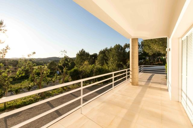 Luxurious stylish villa located between San Rafael and Santa Gertrudis