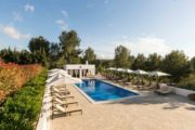 luxurious-stylish-villa-located-between-san-rafael-and-santa-gertrudis (3)
