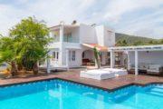 villa-for-sale-in-sa-caleta-near-the-sea (2)