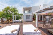 villa-for-sale-in-sa-caleta-near-the-sea (5)
