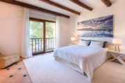 rustic-styled-house-with-a-fabulous-location-in-cala-bassa (15)