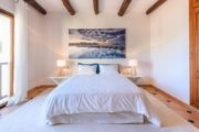 rustic-styled-house-with-a-fabulous-location-in-cala-bassa (17)