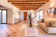 rustic-styled-house-with-a-fabulous-location-in-cala-bassa (6)