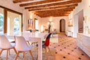 rustic-styled-house-with-a-fabulous-location-in-cala-bassa (7)